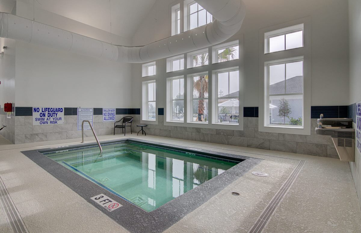 Four Seasons at Lakes of Cane Bay Indoor Hot Tub