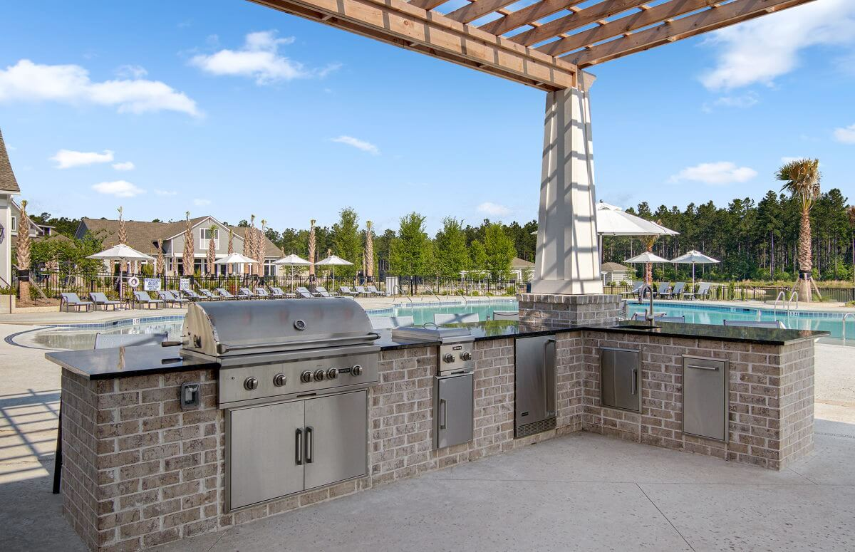 Four Seasons at Lakes of Cane Bay Community Grills